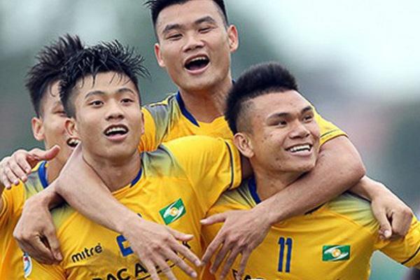 3 tuyển thủ nào không thể tập trung ĐT Việt Nam vì phải cách ly?