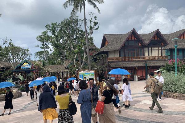 Tiếp tục với kế hoạch thí điểm sử dụng hộ chiếu vaccine tại Phú Quốc, niềm hy vọng cho ngành du lịch