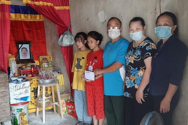 Nghệ An: Mẹ mất, cha nằm cấp cứu, 3 chị em không nơi nương tựa