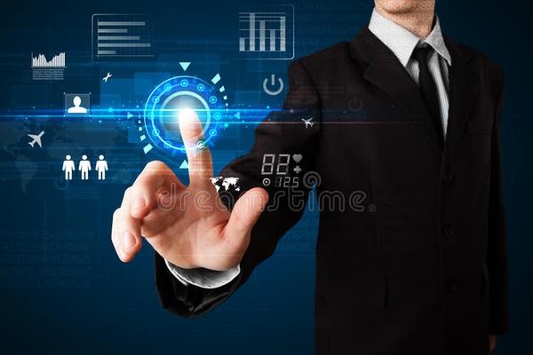 Doanh nghiệp loay hoay chuyển đổi số: Không đơn thuần là công nghệ