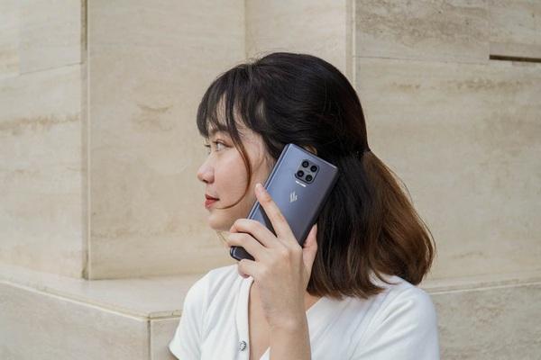 Chiếc điện thoại Vsmart đỉnh nhất, giá ngỡ ngàng