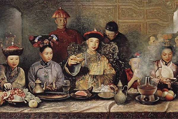 """Hoàng đế nhà Thanh: Mỗi bữa 120 món, tiêu tốn """"cả núi tiền"""""""