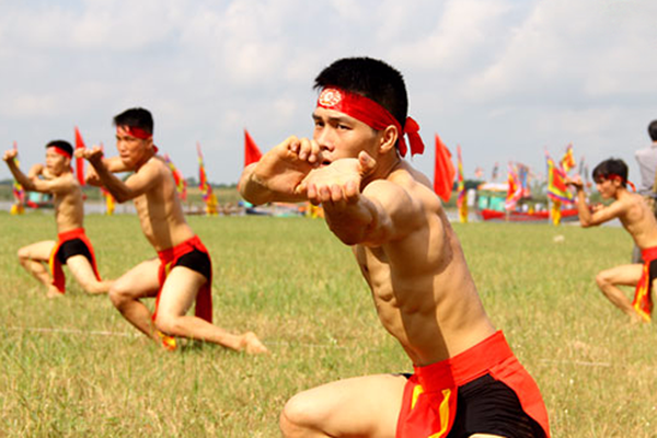 """Bí mật môn võ Việt Nam chuyên """"trị"""" võ Trung Quốc: Lấy bé địch to!"""
