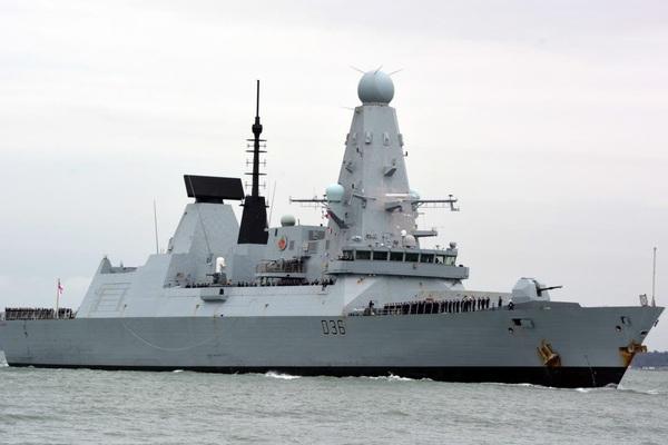 Hải quân Nga nói gì về tàu Anh vượt biên trái phép trên Biển Đen?