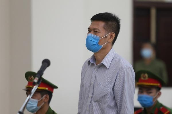 Hàng trăm bác sỹ cả nước xin giảm nhẹ, cựu Giám đốc CDC Hà Nội có được giảm án?