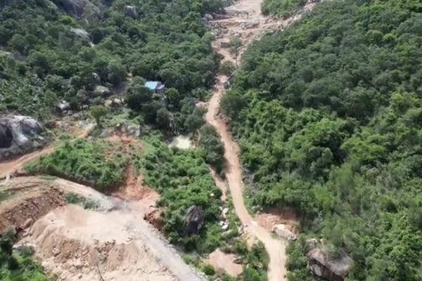 """Bà Rịa - Vũng Tàu: Khởi tố vụ """"cạp nát"""" 2ha rừng phòng hộ trên núi Thị Vải"""