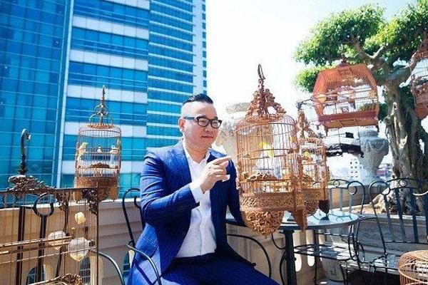 """Đàn chim cảnh 10 tỷ của ông chủ hãng may đô có tiếng ở Hà Nội: Ở điều hòa, có """"bảo mẫu"""" riêng"""