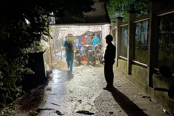 Đồng Nai: Biệt đội tình nguyện phun xịt khử khuẩn miễn phí ở Long Thọ, Nhơn Trạch
