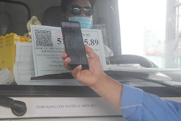 """Hệ thống cấp thẻ """"luồng xanh"""" bị tấn công mạng, đề nghị Bộ công an vào cuộc"""
