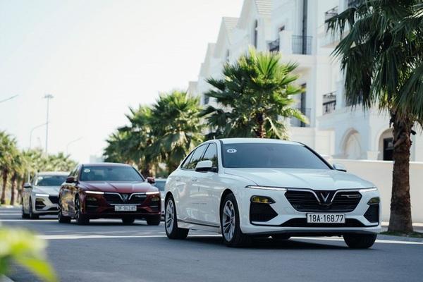 """Khó tin """"nuôi"""" VinFast Lux A2.0 chỉ ngang Hyundai Accent, Honda City?"""