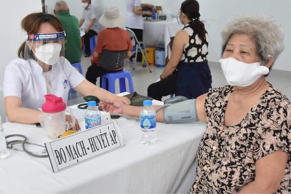 Ngày 29/7: Hơn 4.300 bệnh nhân Covid-19 được xuất viện