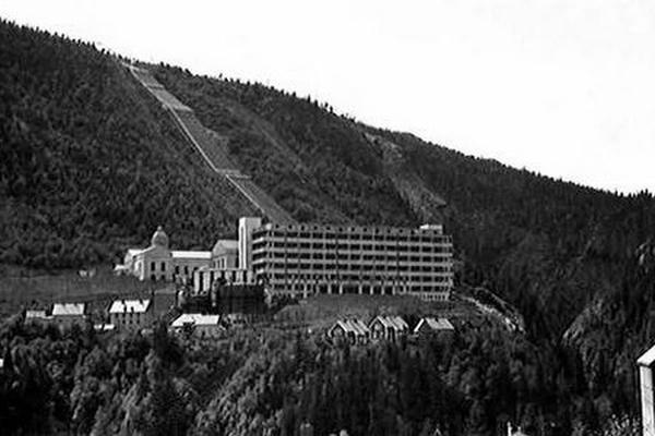 Lính biệt kích nào đã xóa sổ tham vọng hạt nhân của phát xít Đức?
