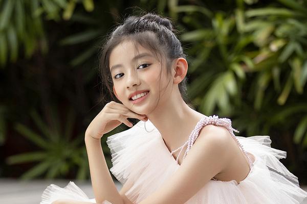 Những cô con gái sở hữu nhan sắc xinh đẹp, kiều diễm của các Hoa hậu Việt