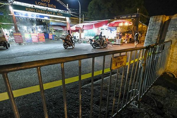 Hà Nội: Phong tỏa tạm thời chợ Long Biên ngay trong đêm do liên quan ca mắc Covid-19