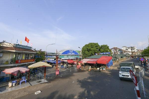 Hà Nội: Phong toả toàn bộ chợ Long Biên do liên quan tới ca dương tính SARS-CoV-2
