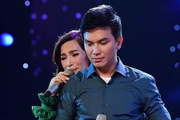Trước nghi án tình ái, Phi Nhung tiết lộ bài hát khiến cô với Mạnh Quỳnh khóc như mưa