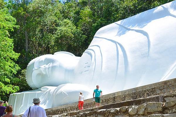 Bí ẩn tượng phật trên đỉnh Tà Cú (kỳ cuối): Điểm du lịch tâm linh níu chân du khách