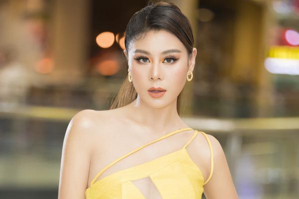 Mặt trái của showbiz Việt