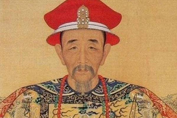 Tước khi chết Khang Hi đã làm việc gì mà khiến đại thần tái xanh mặt mũi?