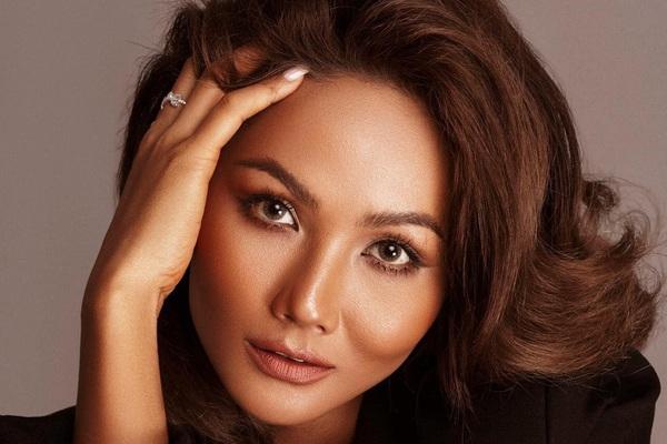"""H'Hen Niê: """"Tôi đã quên mình là Hoa hậu"""""""