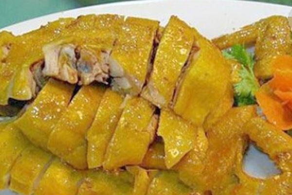 Làm gà nướng muối ớt bằng nồi cơm điện, không cần cho một giọt nước, gà mềm ngọt, đậm đà