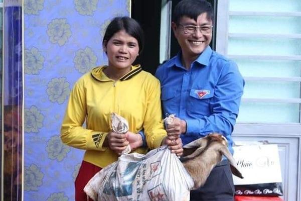Sáng kiến ở Đắk Lắk: Học sinh nghèo có tiền đóng học phí nhờ được tặng... dê