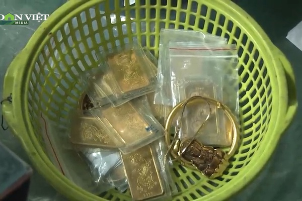 Đến nhà bạn chơi, ăn trộm 20 lượng vàng và hơn 100 triệu đồng