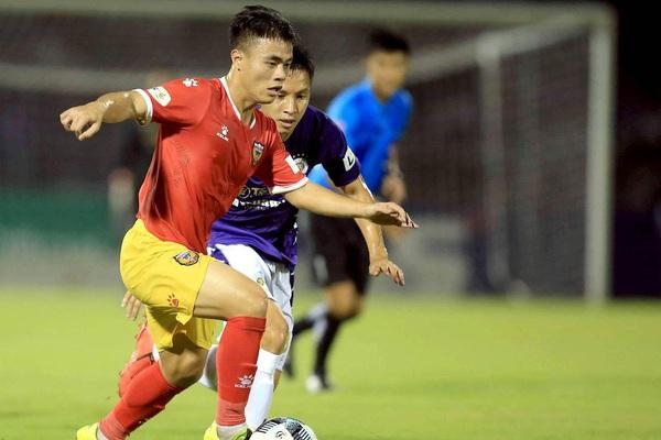 Tin sáng (21/9): Tiếp tục chơi lớn, Bình Định chiêu mộ Lý Công Hoàng Anh?