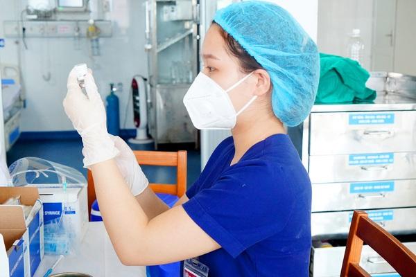 Nghệ An: Trường hợp cụ ông tử vong sau tiêm vaccine AstraZeneca là do tai biến trùng thời điểm