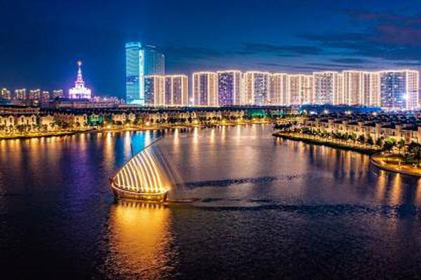 """Những cây cầu nối bờ vui của Hà Nội """"cổ kính"""" với """"Quận Ocean"""""""
