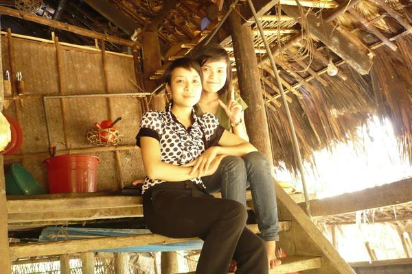 Kể chuyện làng: Căn nhà sàn trong ký ức