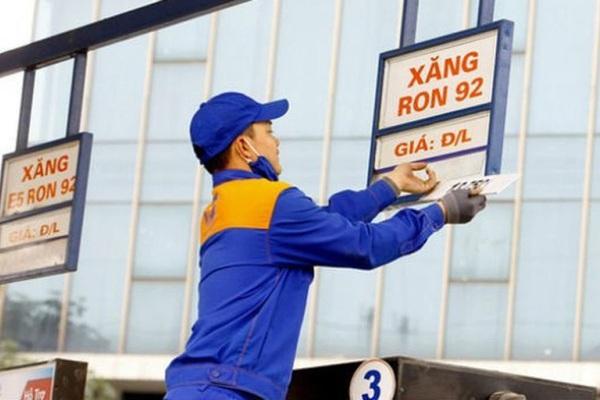 Chiều nay (25/9), xăng dầu đồng loạt tăng giá kể từ 15h