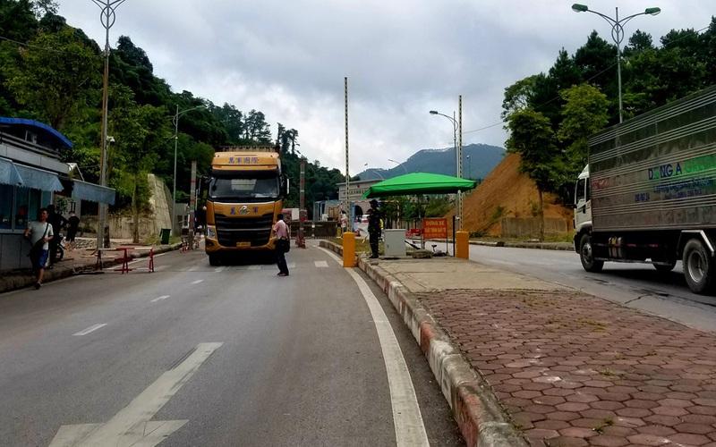 12 cửa khẩu, lối mở Lạng Sơn tạm dừng xuất nhập khẩu vì virus Corona