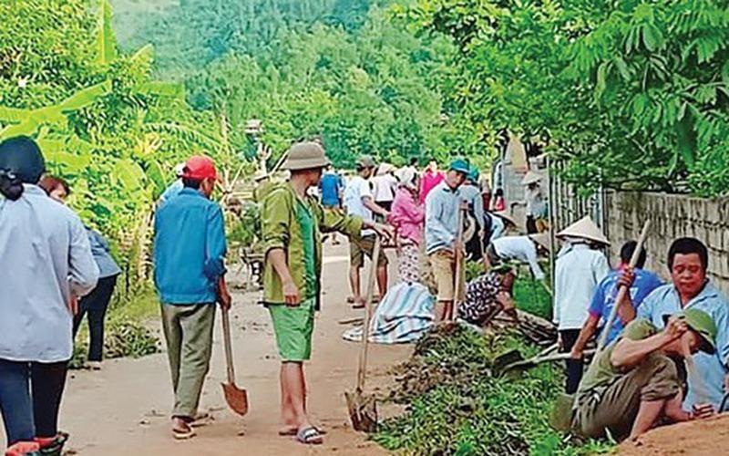 Dân Chiềng Hắc hiến đất, góp công xây dựng nông thôn mới