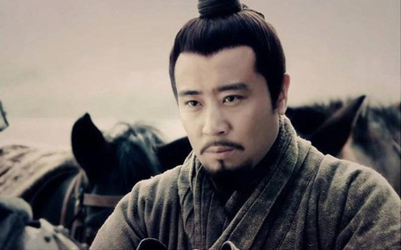 Sát thủ tìm tới nơi đòi đoạt mạng Lưu Bị, nhưng lại rời đi, vì sao?