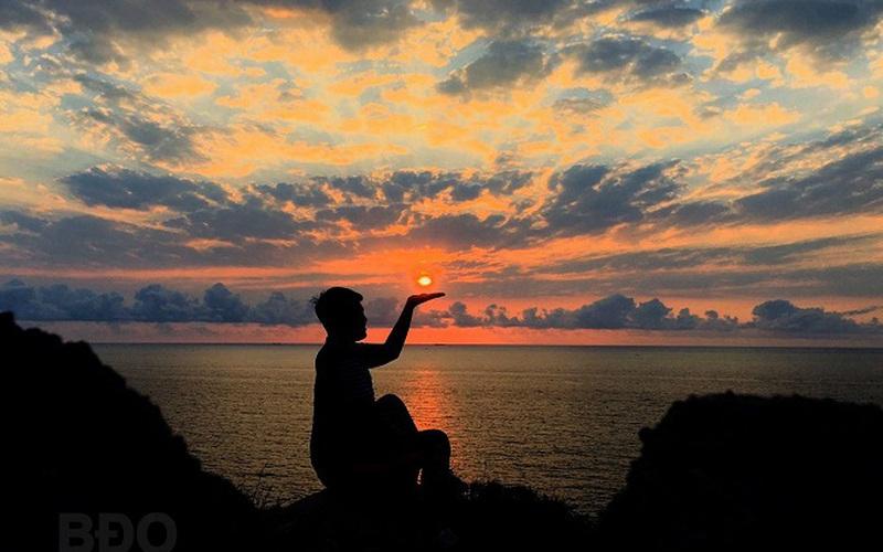 """Bình Định: Đây là địa điểm ngắm bình minh thấy """"sung sướng vô tận"""" cho cộng đồng """"sống ảo"""" khi đến Quy Nhơn"""