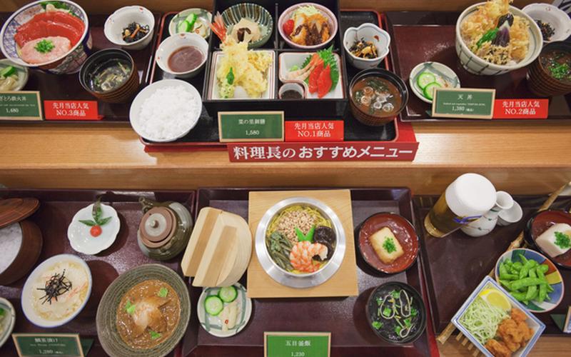 Nghệ thuật làm đồ ăn bằng nhựa của Nhật Bản