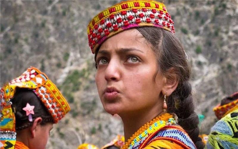 Kỳ lạ những bộ lạc sống tách biệt và bí ẩn trên thế giới
