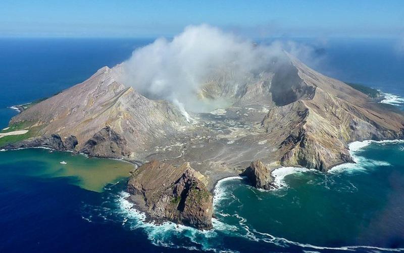 Hòn đảo chết chóc, đến thăm phải đeo mặt nạ chống hơi độc