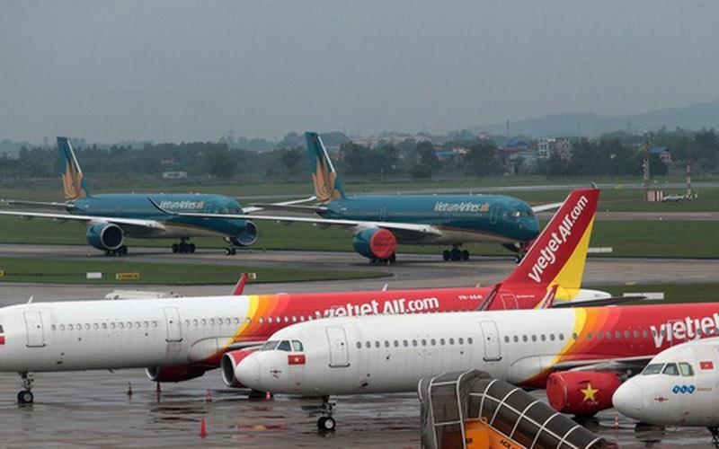 Hoãn, hủy nhiều chuyến bay do ảnh hưởng bão số 2