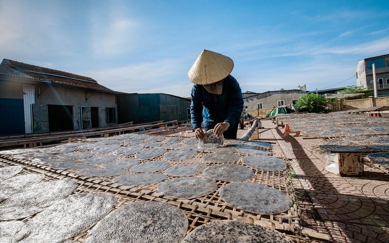 Nghệ An: Thứ bánh đặc sản giòn tan, thơm lừng của làng quê Đô Lương rộng đường xuất ngoại