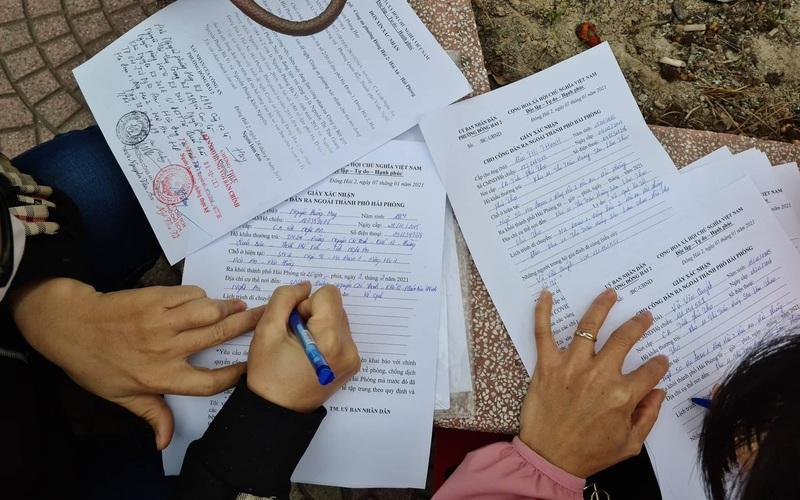 Hải Phòng: Người dân nháo nhào đi xin giấy xác nhận ra ngoài thành phố về quê ăn tết
