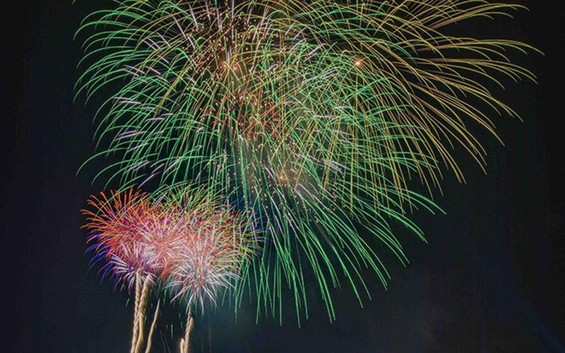 Trực tiếp: Bắn pháo hoa chúc mừng năm mới Tân Sửu 2021