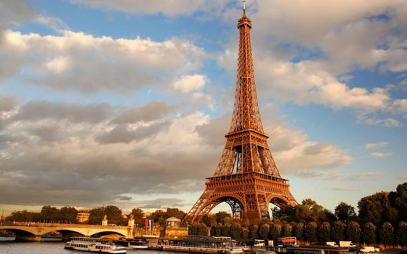 """Tháp Eiffel sẽ được """"nâng cấp"""" khủng để chuẩn bị cho Thế vận hội 2024"""