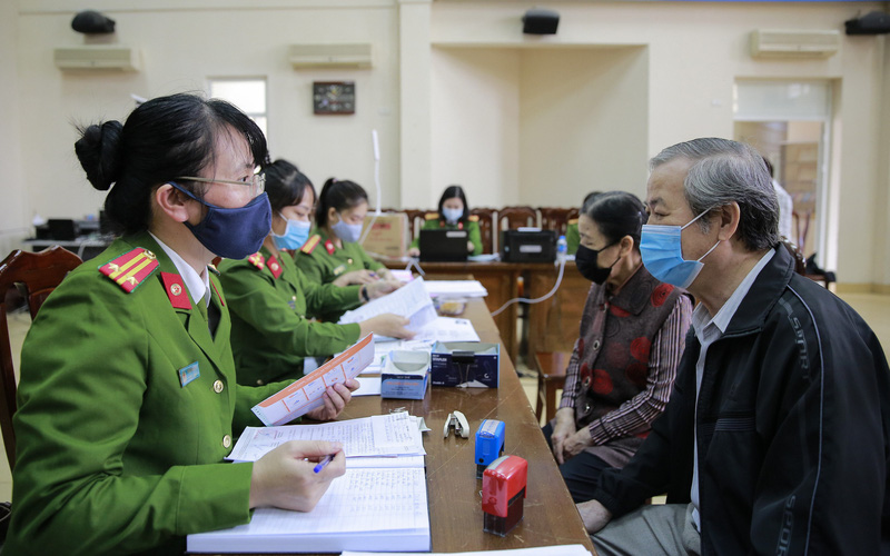 Mục sở thị quá trình cấp căn cước công dân gắn chíp chưa đầy 10 phút tại Hà Nội