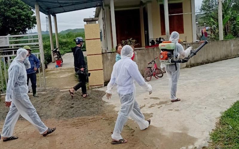 """Quảng Bình: Bệnh viêm da nổi cục lan rộng 7/8 huyện, thị, tỉnh chỉ đạo """"nóng"""""""