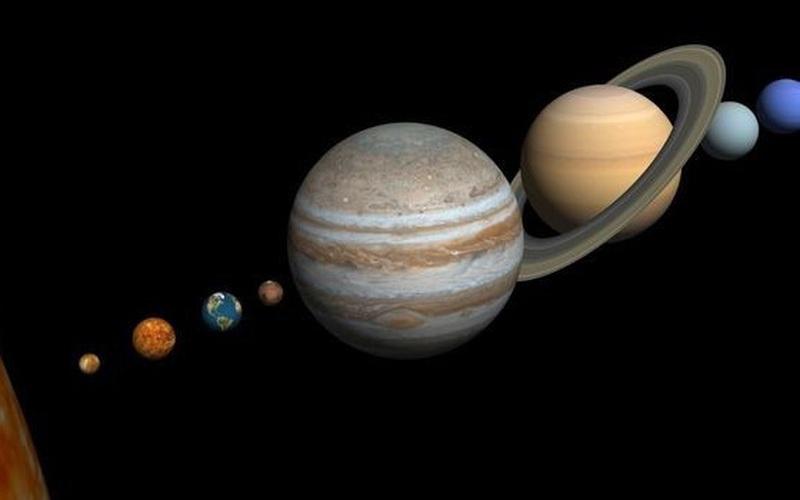 Phát hiện lớn: Sao Thổ thay đổi màu sắc theo mùa