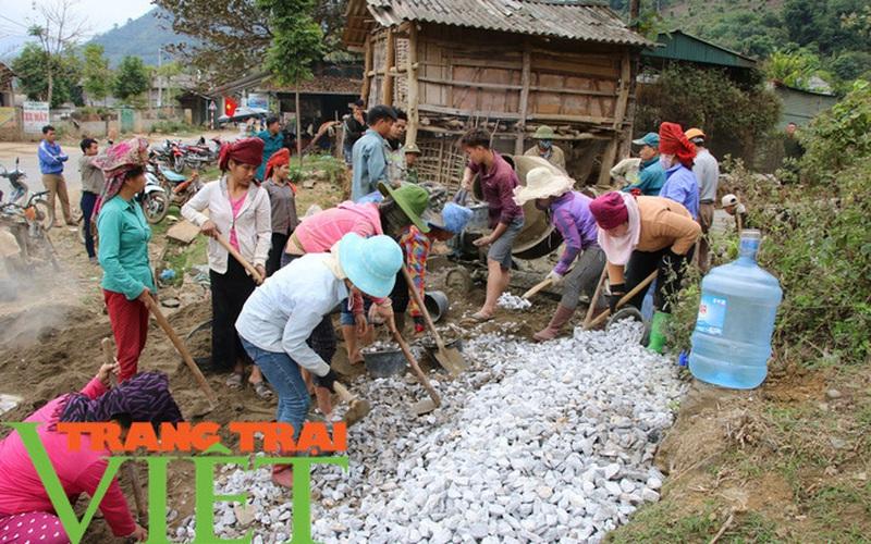 Hội Nông dân tỉnh Sơn La: Vận động hội viên góp hàng chục nghìn ngày công XDNTM