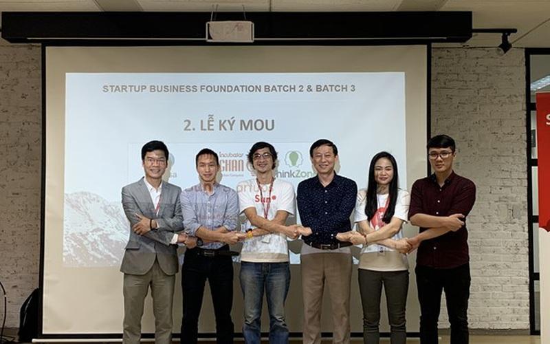 Tăng cường kinh nghiệm thực tế cho startup với mô hình ươm tạo mới