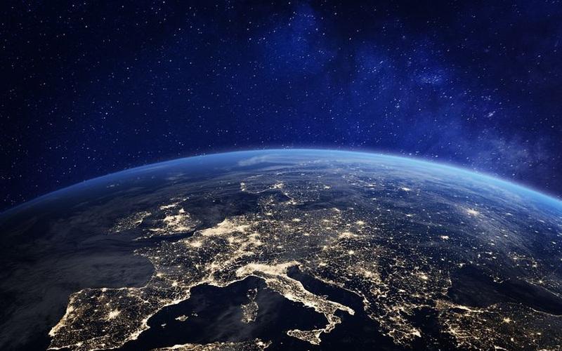 """Nhân loại sẽ đối mặt với """"thách thức lớn nhất từ trước đến nay"""" trong vòng 20 năm nữa?"""